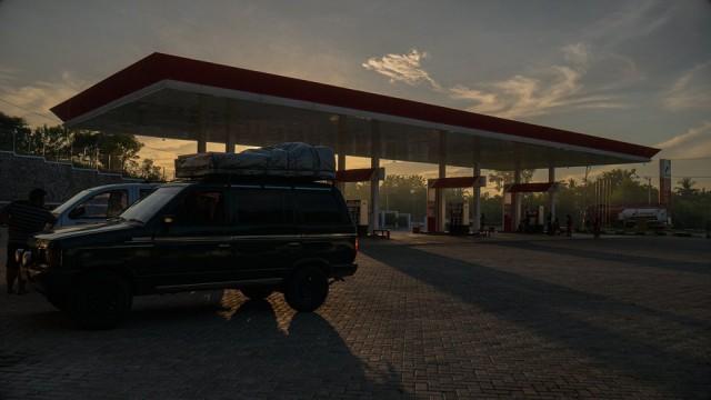 Pertamina stacja benzynowa,  Sumbawa,  Indonesja,  2016